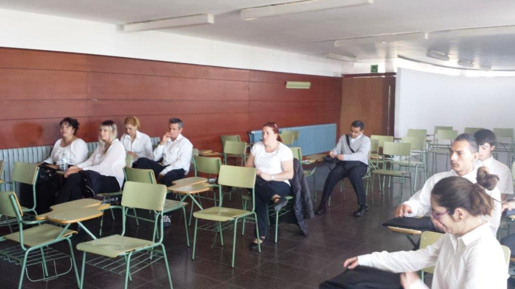 Curs de Cambrer a l'Escola d'Hoteleria de Cambrils