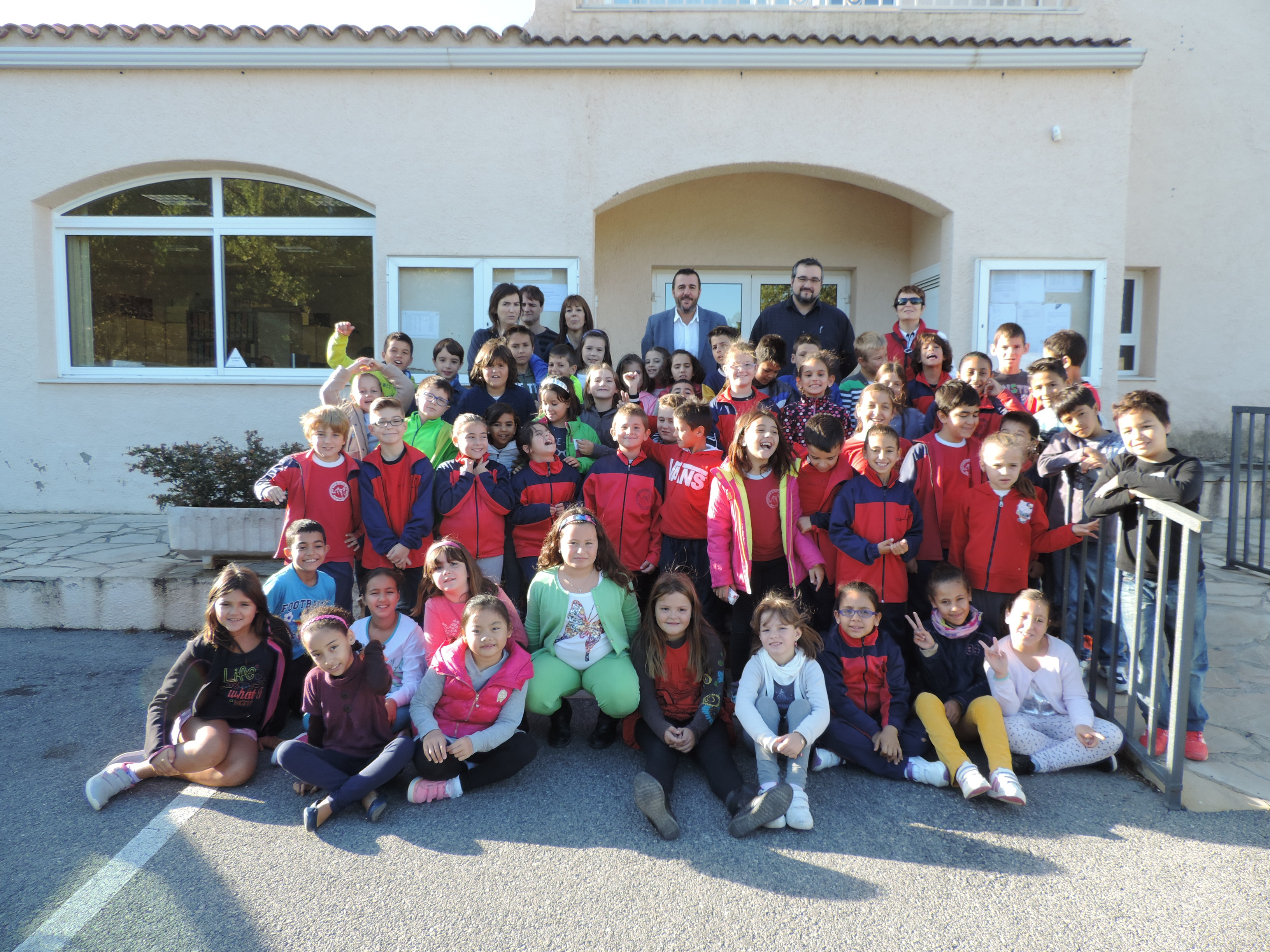 Alumnos de tercero de primaria de la Escuela Mare de Déu de la Roca