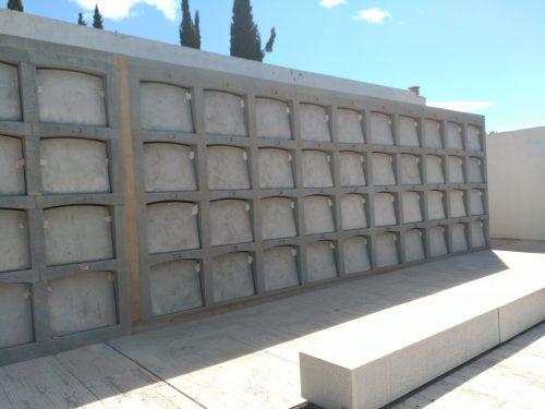 Nous nínxols cementiri de Mont-roig del Camp