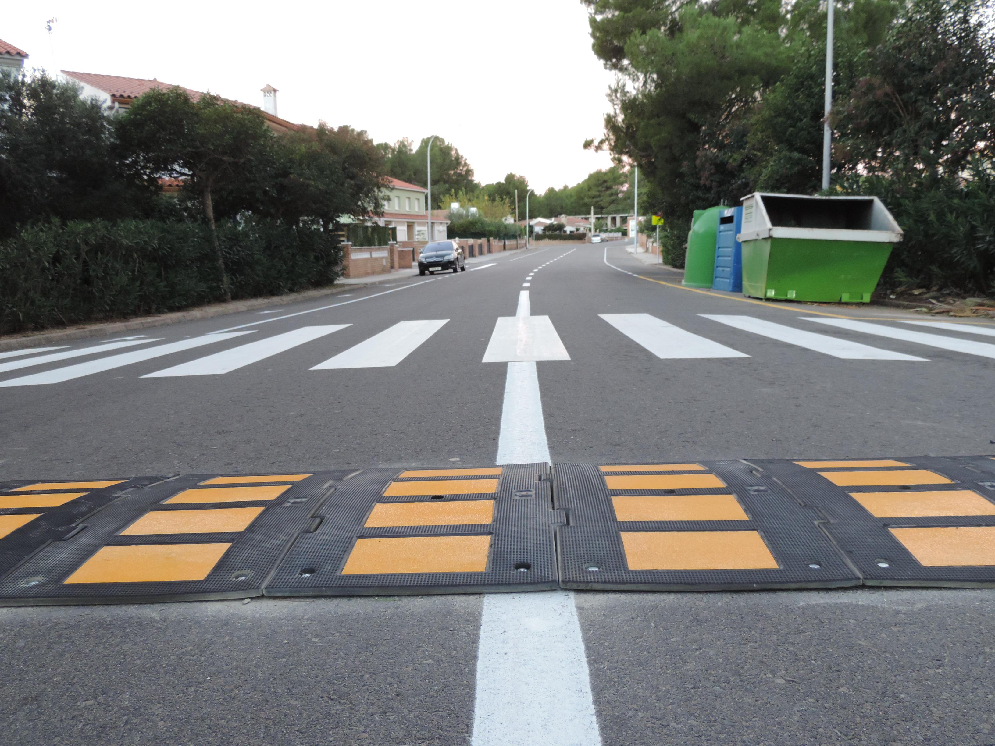 Medidas de reducción de la velocidad y mejora de la seguridad en Masos d'en Blader