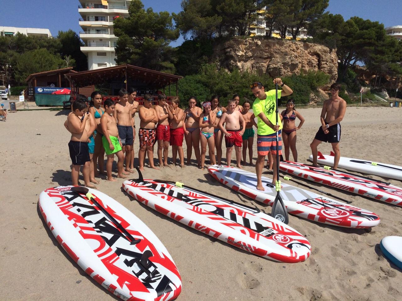 El paddle surf és una de els activitats esportives que s'ofereixen